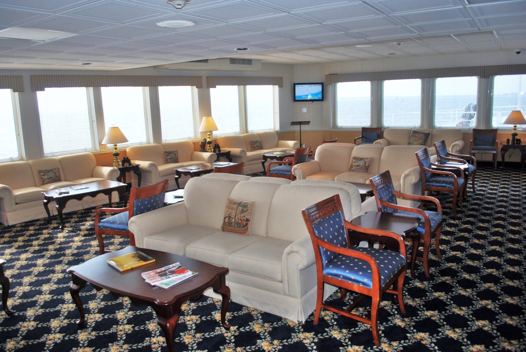 Forward observation lounge aboard the Independence. * Photo: Ted Scull