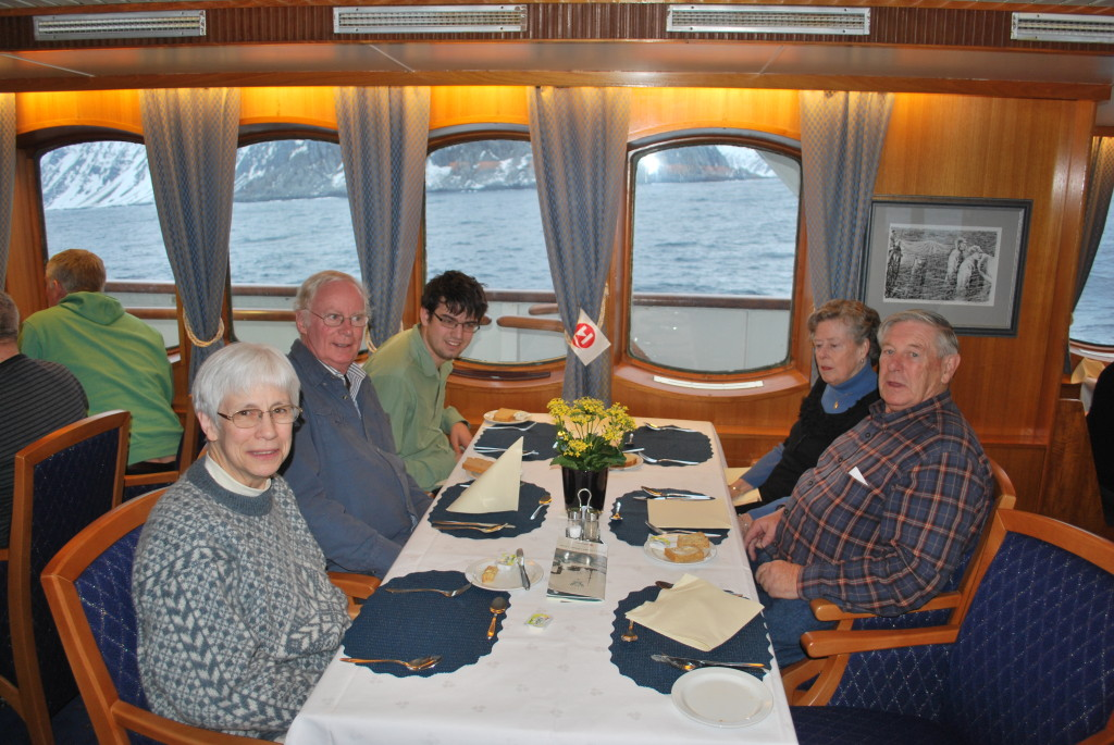 Dining room aboard the Lofoten. * Photo: Fellow Passenger.