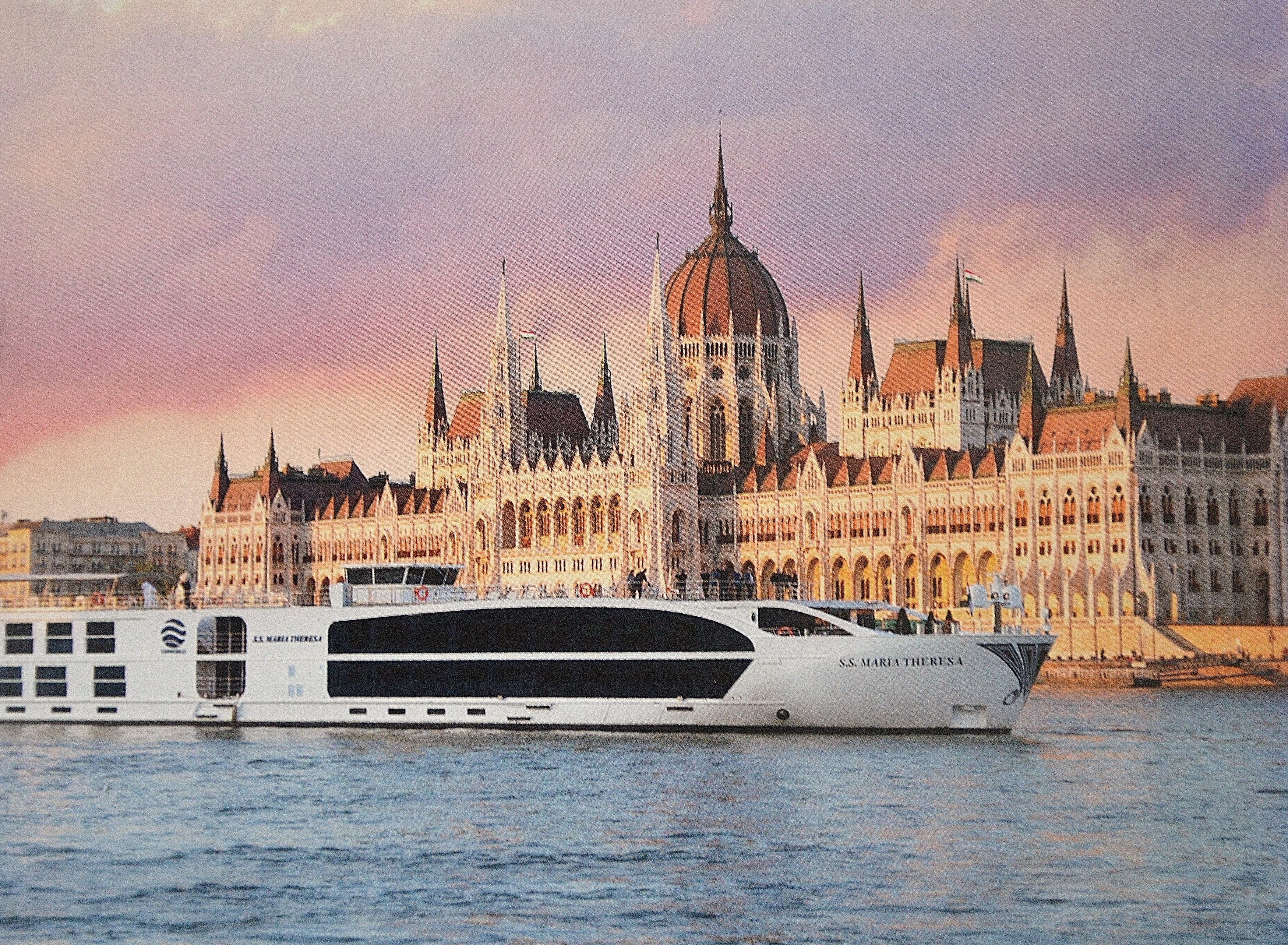 Small Ship Cruise Line Review Uniworld Boutique River Cruises - Waterway cruises