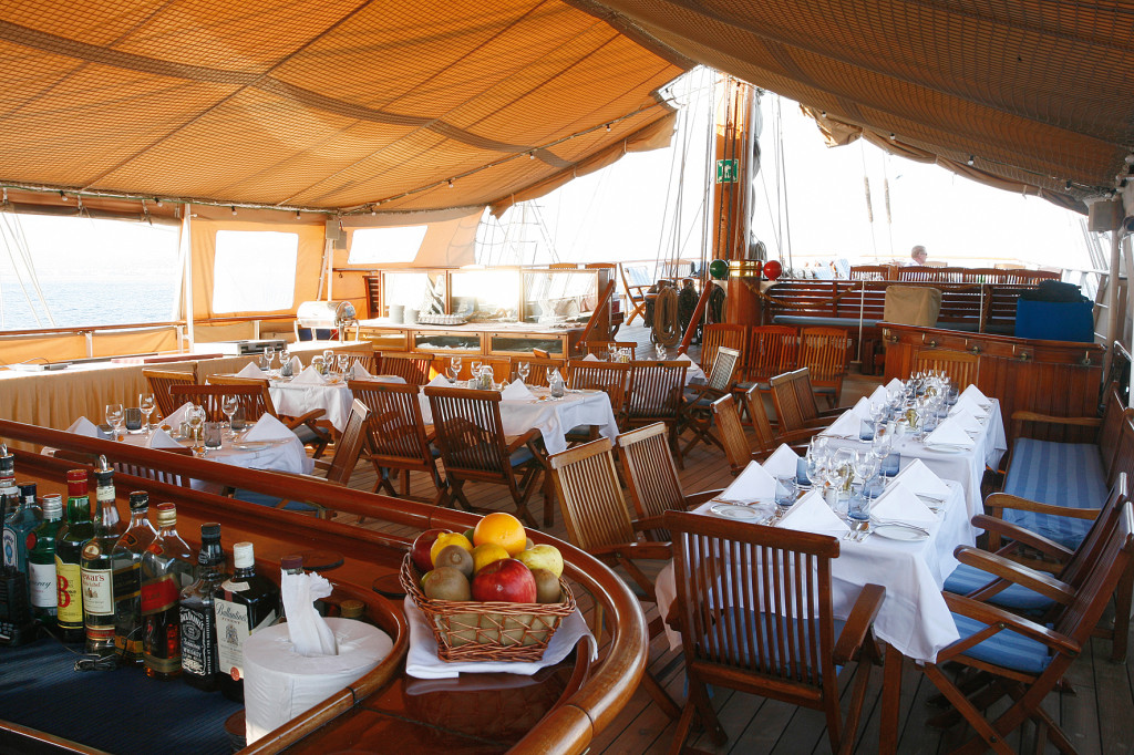 Dining on deck aboard Sea Cloud. * Photo: Sea Cloud Cruises