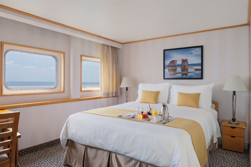 A Vista Suite on Silver Discoverer. * Photo: Silversea Cruises